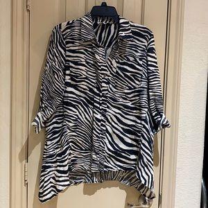 Jones New York blouse size M